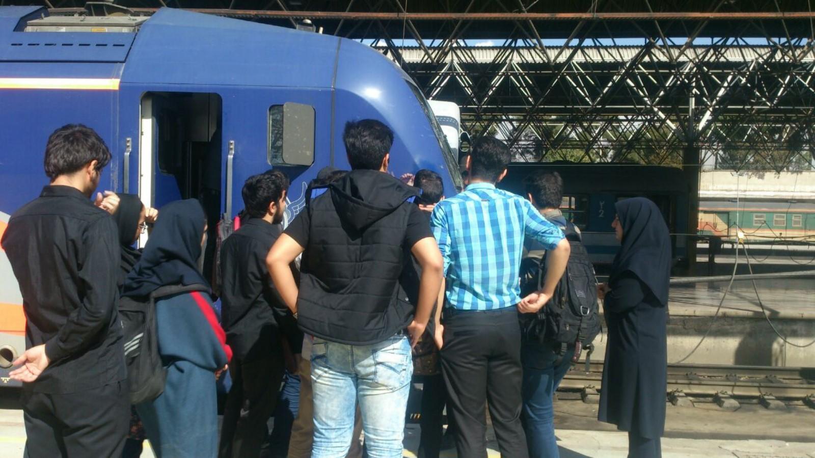 Image result for راه آهن ایران + ایستگاه