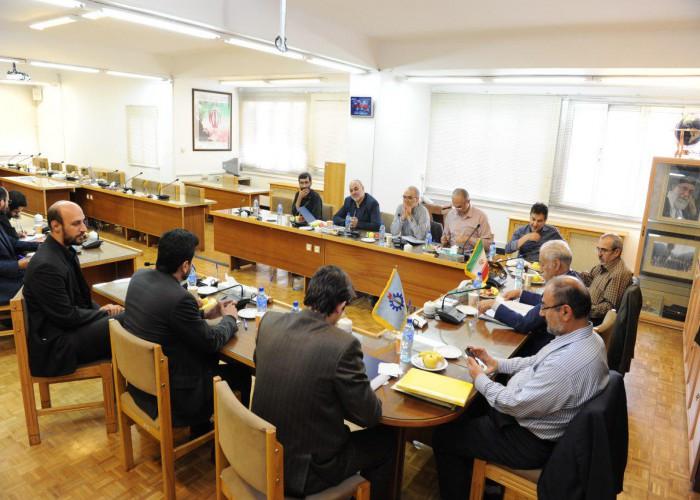 جلسه مشترک هیات رییسه دانشگاه با هیات مدیره انجمن دانش آموختگان و اساتید دانشگاه علم و صنعت ایران